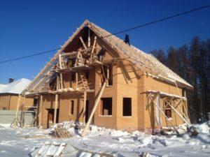 montazh-krovli-zimoj1